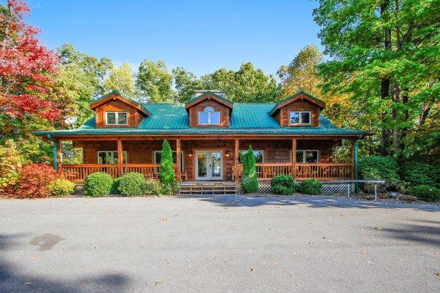 Fox Hollow Lodge - Image 1 - Gatlinburg - rentals