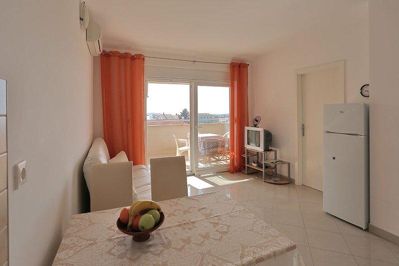 Nice apartment in Novalja - Image 1 - Novalja - rentals