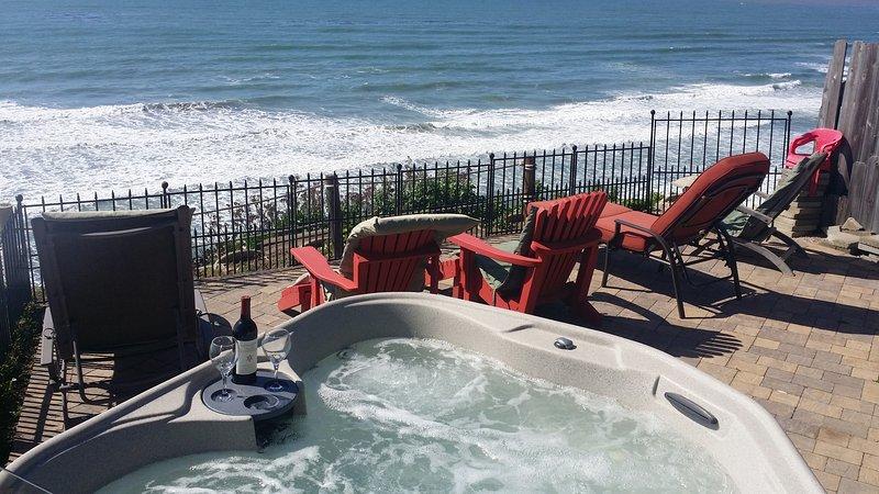 Front row seating on the patio or in the hot tub!  - Ocean, Golf & Surf, Great Beach Encinitas 866 - Encinitas - rentals