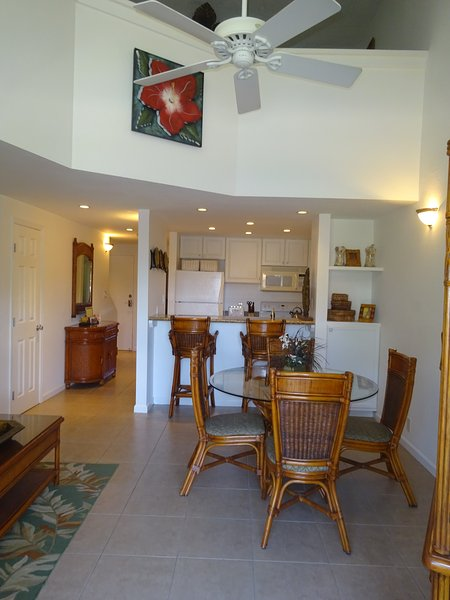 Living Area - *May 13-18 & 26-June 2 $119/nt**June-Nov $129/nt**2/Bed & 2/Bath with Ocean View - Kihei - rentals