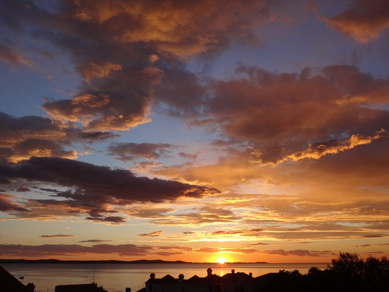 View of the sunset from the balcony - 3 Bedroom Apartment with 2 Balconies and Sea-view - Zadar - rentals