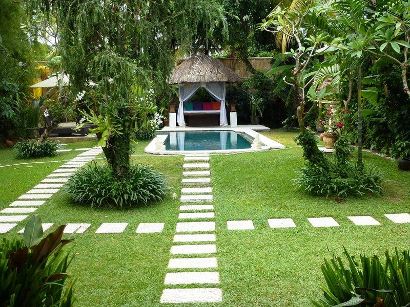 Large garden, Private Swimming Pool - Villa Poppy - 3 Bedroom Pool Villa in Seminyak - Seminyak - rentals