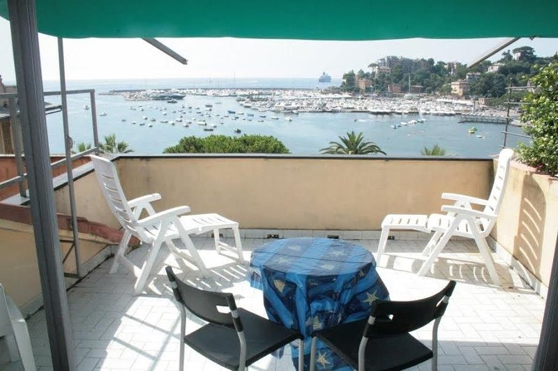 Belvedere- Terrace with harbour view - Image 1 - Rapallo - rentals