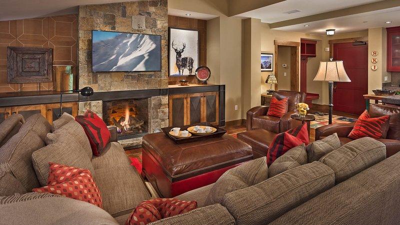 Living Room - Twilight Peak - Slopeside, 4bed, sleeps 11 - Steamboat Springs - rentals