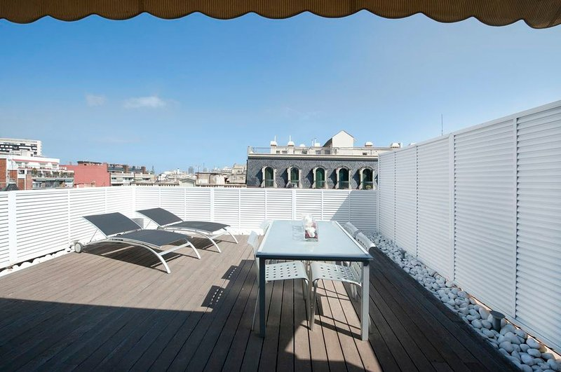 Lovely penthouse studio apartment with big terrace in the city center - B122 - Image 1 - Barcelona - rentals
