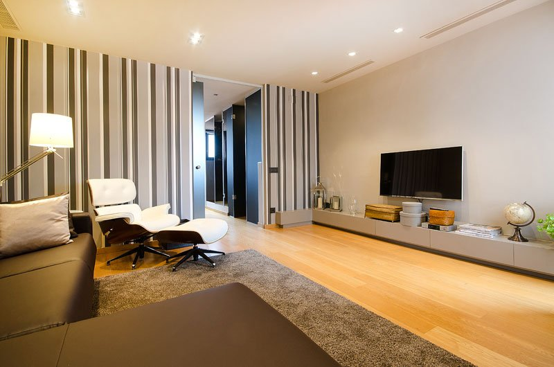 Amazing one bedroom Boutique apartment in Passeig de Gracia - B126 - Image 1 - Barcelona - rentals