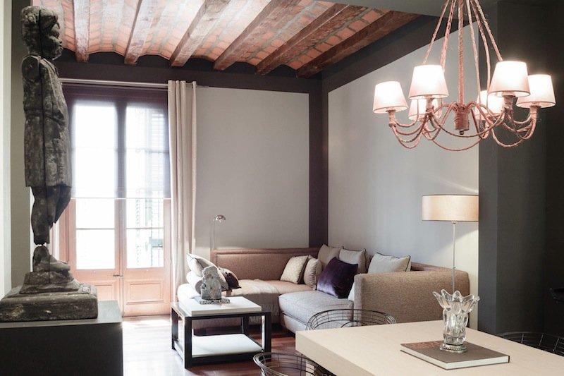 Romantic accommodation right in the Plaza Catalunya area - B244 - Image 1 - Barcelona - rentals