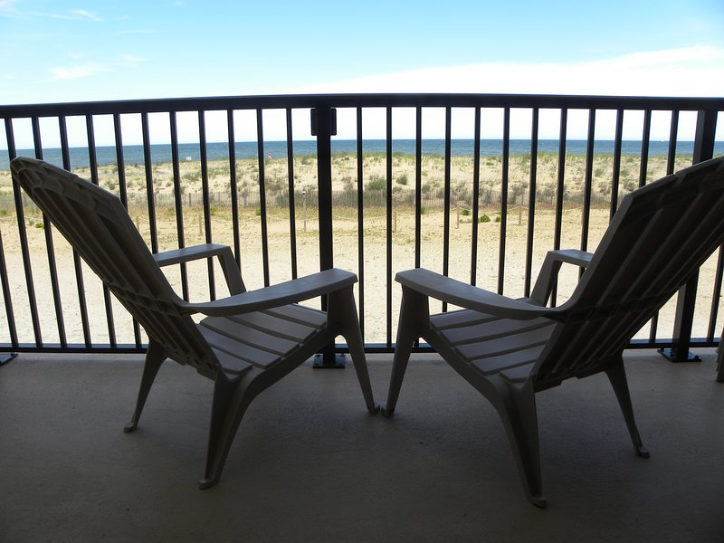 Direct ocean front - Beautiful Direct Ocean Front Condo - Ocean City - rentals