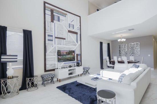 Spectacular 5 Bedroom 5 Bath Pool Home in Solterra Resort. 5505SB - Image 1 - Kissimmee - rentals