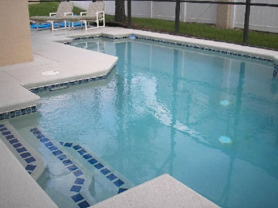 4 Bedroom Florida Vacation Home with South Facing Pool & Spa. 605MD - Image 1 - Davenport - rentals