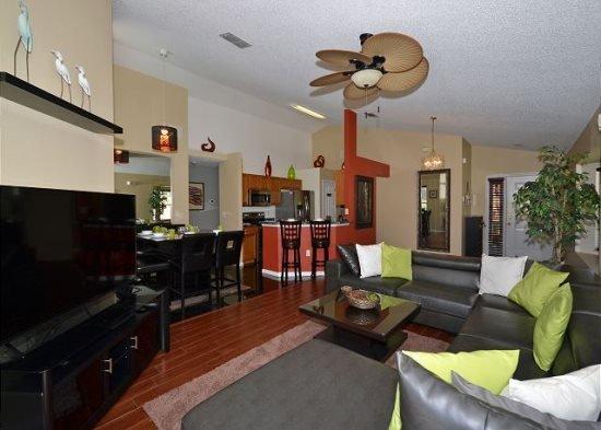 Updated 4 Bedroom 3 Bath Pool Home in Westridge. 216LD - Image 1 - Davenport - rentals