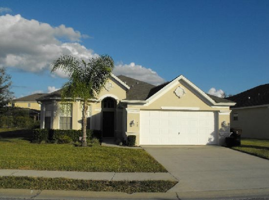 Beautiful 4 Bedroom 3 Bath Pool Home in Tower Lakes. 120MC - Image 1 - Haines City - rentals
