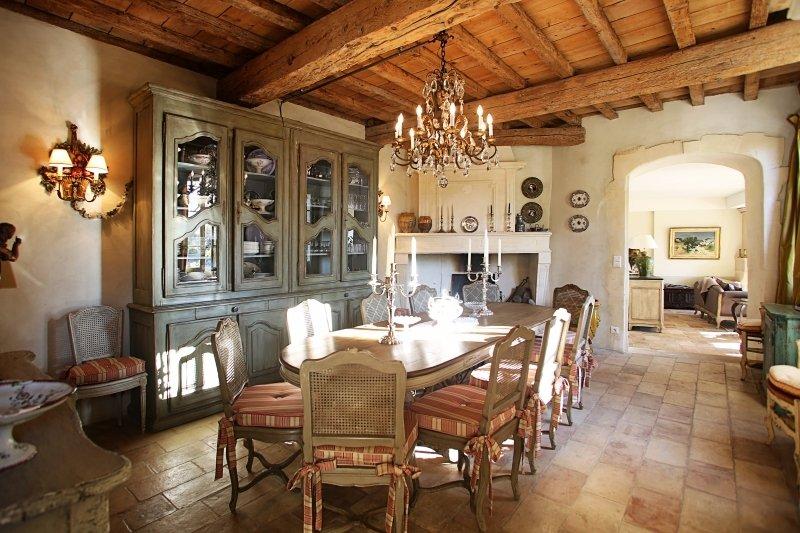 Provence Villa in a Village with Pool and Gardens - Le Mas de Jasmin - Image 1 - Paradou - rentals