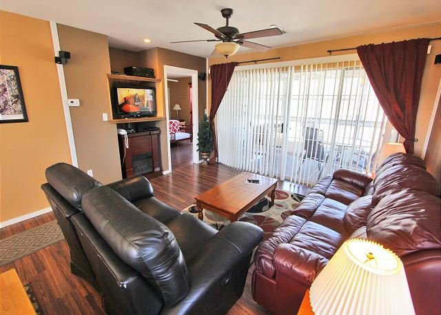 Fort Taneycomo - Fort Taneycomo - Updated 2 bedroom 2 bath condo located at Fall Creek Resort! - Branson - rentals
