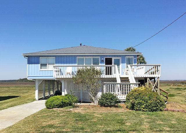 Front of House - BelleMare - Steps from the Beach and Many Amenities - Folly Beach - rentals