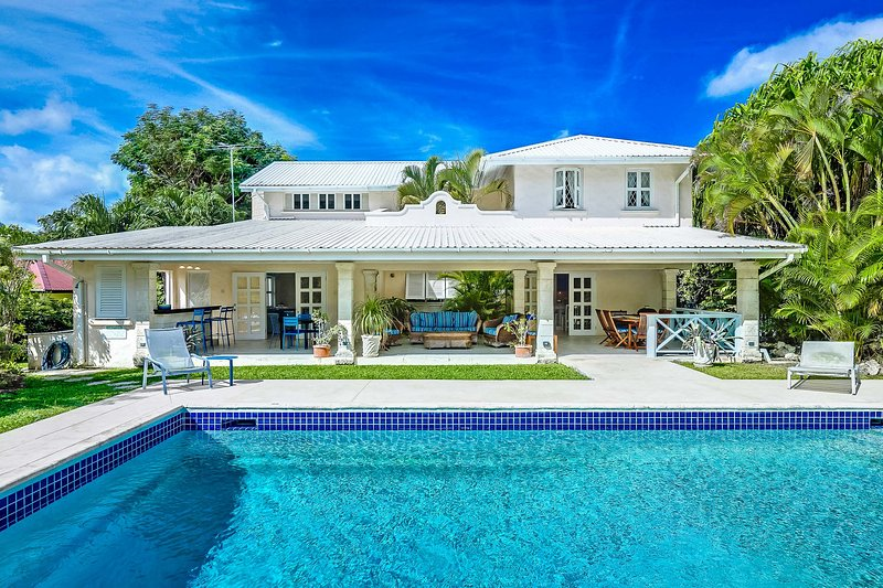 Coral House, Sleeps 4 - Image 1 - Lower Carlton Beach - rentals