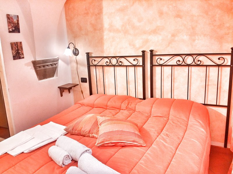 Apartment Stella near of the Cathedral - Image 1 - Florence - rentals