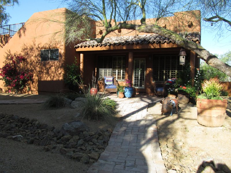 Front View - Charming Rustic Private Guest House. - Scottsdale - rentals