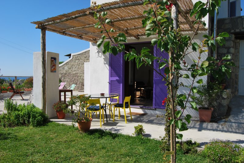 sunny stone home in the country of Ischia island.Just 1,5 km from the port. - Image 1 - Forio - rentals