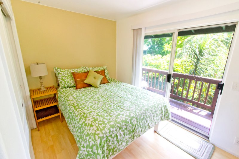 Clean & Cute; Budget Friendly; Tropical Home; - Image 1 - Haiku - rentals