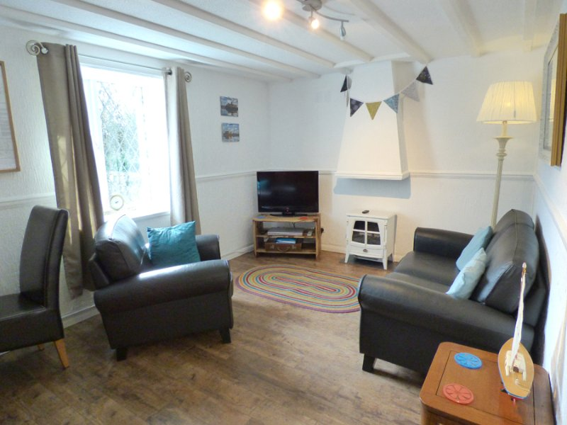 Coach House - Image 1 - Tenby - rentals