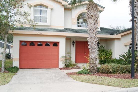 4 Bedroom 4 Bath Pool Home In Gated Community. 8805CC - Image 1 - Orlando - rentals