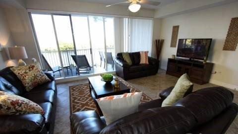 Waterfront 3 Bedroom 2.5 Bath Townhome in Little Harbor, Ruskin FL. 579LH - Image 1 - Orlando - rentals