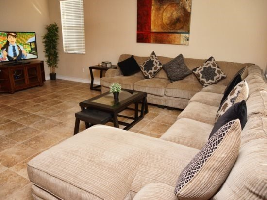 Stunning 4 Bed 3 Bath Pool Home in Highlands Reserve. 207BON - Image 1 - Kissimmee - rentals