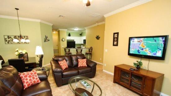 3 Bedroom 2 Bathroom Town Home 1.5 Miles To Disney. 2809OD - Image 1 - Orlando - rentals
