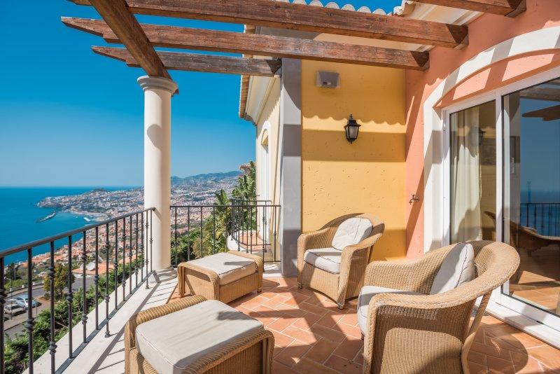 Palheiro Village apartment 17 - Image 1 - Funchal - rentals