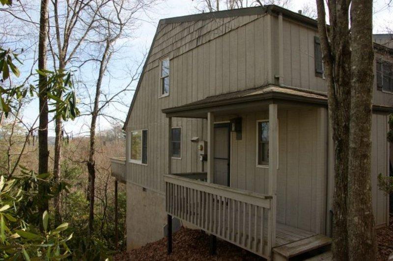 End Unit - The Tree House - Fleetwood - rentals