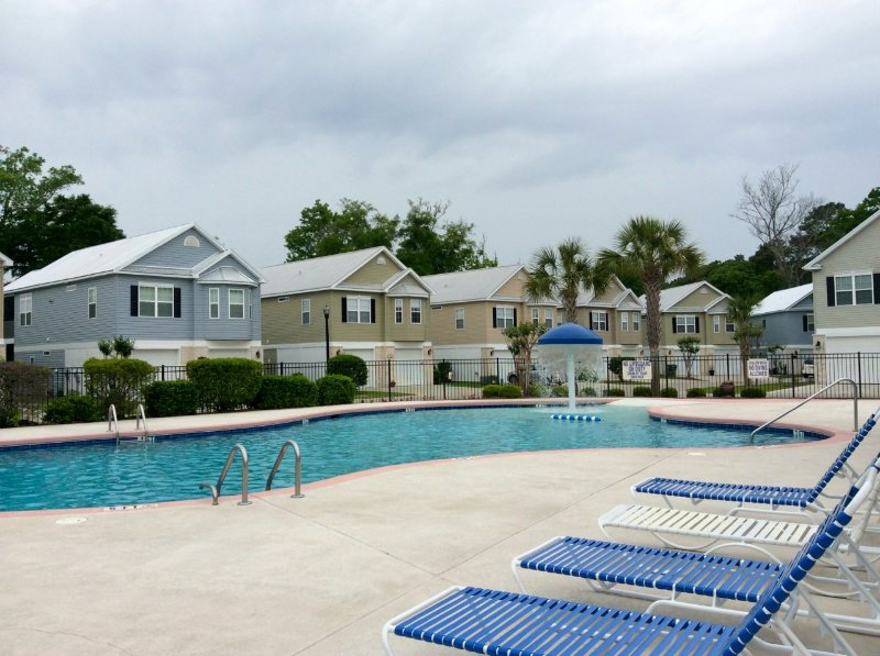 Gated Community 4 BR/3BA Minutes to Ocean - Image 1 - North Myrtle Beach - rentals