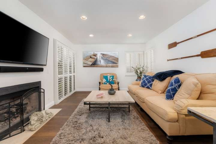 Living room with comfortable seating for 4 people - Ritz Pointe Condo - gated community near Salt Creek Beach! - Dana Point - rentals
