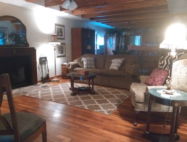 Kemah Cottage Is Very Charming- No Pet Charge! - Image 1 - Bacliff - rentals
