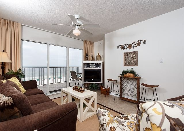 GD 412: Rejuvinate on the shores of the Emerald coast don't hesitate BOOK NOW - Image 1 - Fort Walton Beach - rentals