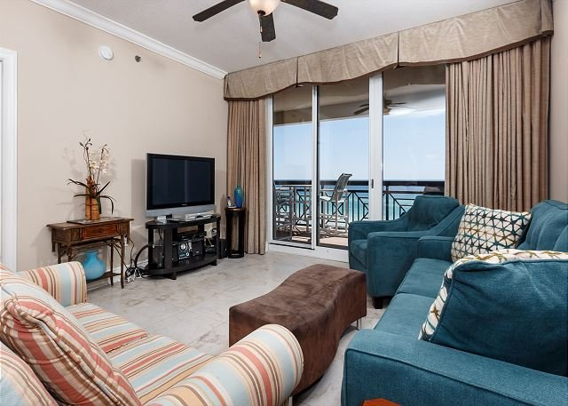 Gorgeous 3BR/3BA with Bunk Room with amazing views - AZ504:SLEEPS 10! 5th floor, FREE BEACH SVC *UPDATES IN 2017* - Fort Walton Beach - rentals
