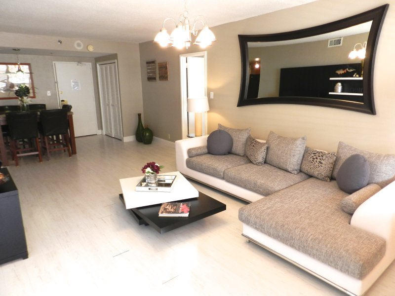 Miami Beach Luxury Condo - Suite 1107 - Image 1 - Miami Beach - rentals