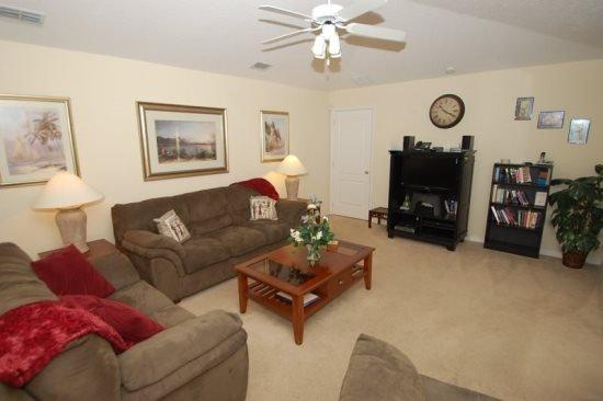 4 Bedroom 3 Bath Pool Home with Disney Themed Bedroom. 931DD - Image 1 - Orlando - rentals