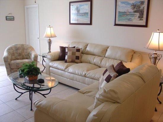 5 Bedroom 4 Bath Villa with South Facing Pool and Spa. 443VD - Image 1 - Orlando - rentals