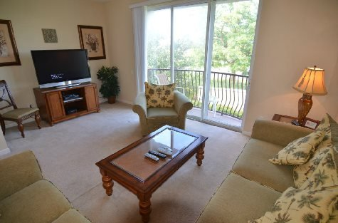 3 Bedroom 3.5 Bathroom Executive Town Home Located in Vista Cay. 5038TVC-19 - Image 1 - Orlando - rentals