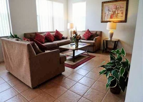 Spacious 4 Bedroom 3 Bath Home with Saltwater Pool. 213WVD - Image 1 - Orlando - rentals
