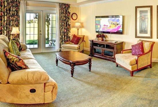 3 Bedroom 2.5 Bathroom Town Home in Reunion Resort. 7675HCW - Image 1 - Orlando - rentals