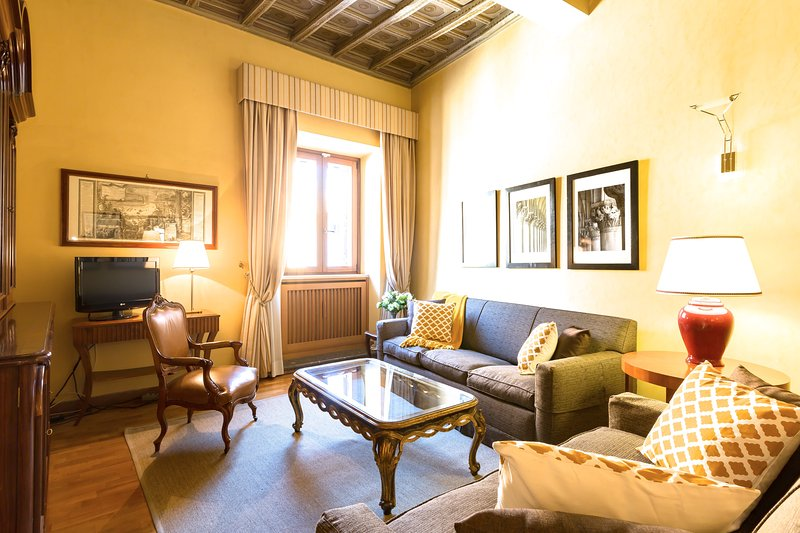 Perfect Rome Piazza Navona Area-Washer/Dryer-Luxury-Top Floor-Elevator-Pasquino - Image 1 - Rome - rentals