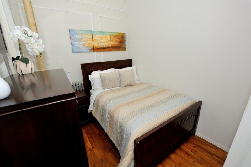 Urban 3 bedroom apartment in Midtown (8196) - Image 1 - West New York - rentals