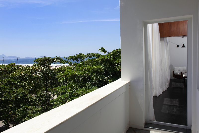 Rio026 - Apartment in Copacabana with balcony and sea view - Image 1 - Copacabana - rentals