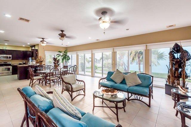 Casa Joha (B4) - Large Oceanfront Villa, Scuba Pier, Great Views - Image 1 - Cozumel - rentals