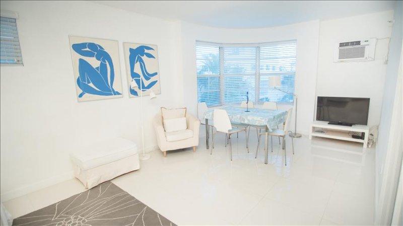 Best Deal! Modern Beachfront 2 Bedroom. Book Now! 1TT2CH - Image 1 - Miami Beach - rentals