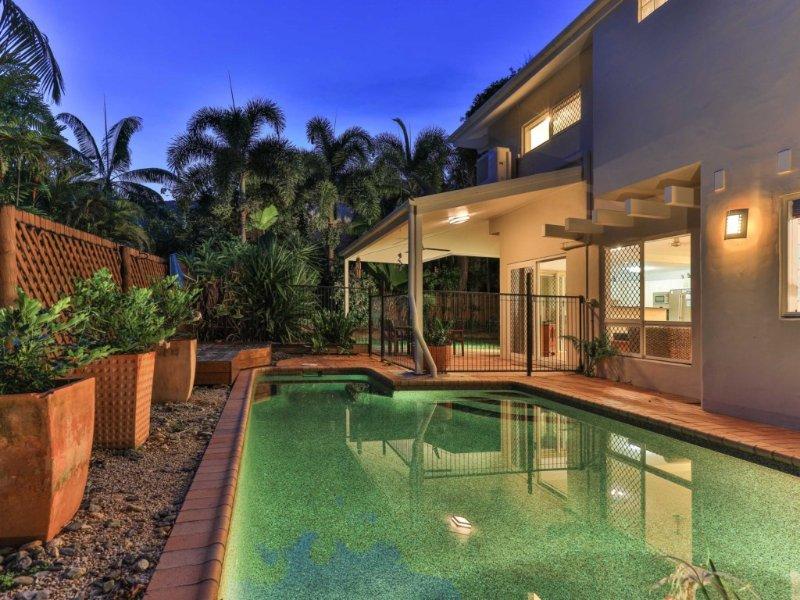 VILLA TOJACA* PALM COVE - Image 1 - Palm Cove - rentals