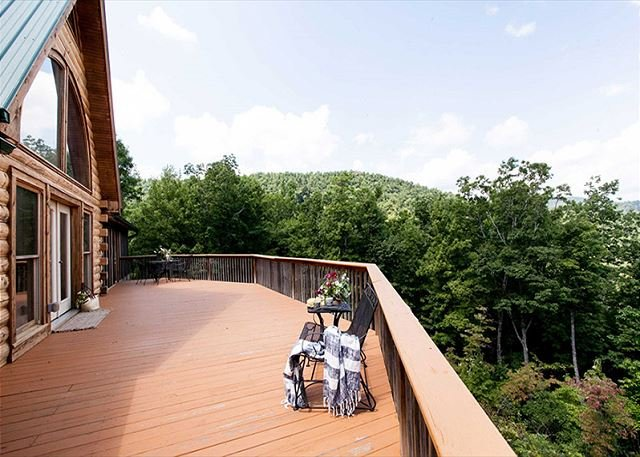 Catawba Roost - Image 1 - Black Mountain - rentals