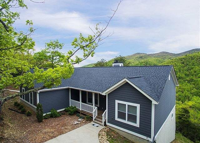 Crockett Ridge | Incredible Mountain Views | New Home - Image 1 - Fairview - rentals
